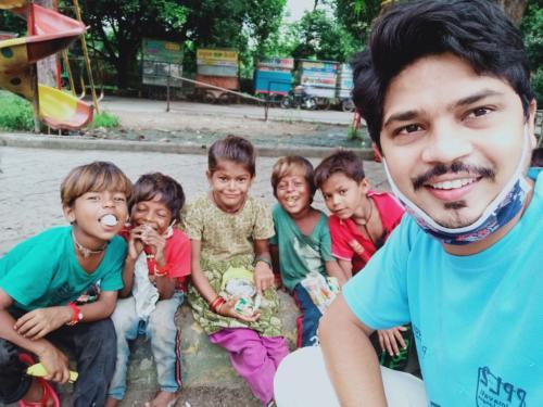 Food distribution sukhdiya circle(2)